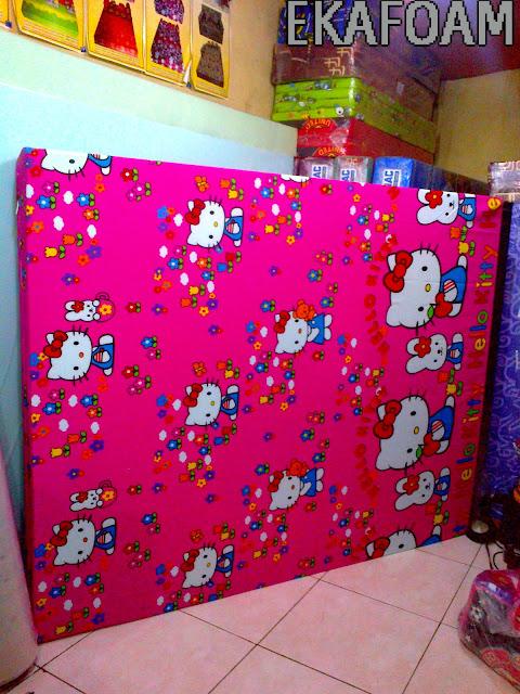 kasur busa inoac tangerang motif helokitty ping merah jambu