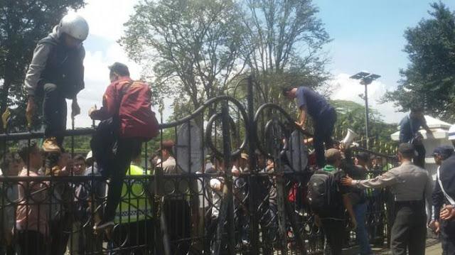 Kebodengan Indonesia Diakui Dunia #2 – 15 Alasan Indonesia Sulit Jadi Negara Maju & Sejahtera