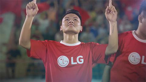 Cách ăn mừng bàn thắng rất riêng của cầu thủ trẻ