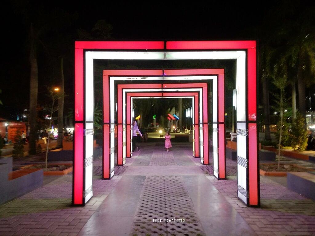 Taman Seribu Lampu Tempat Hiburan Rakyat Di Cepu Yang Memesona