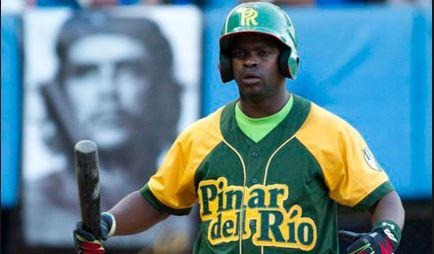 Al atleta Donal Duarte Hernández, se le aplicó la medida disciplinaria de: suspensión a participar en eventos nacionales por un período de un año