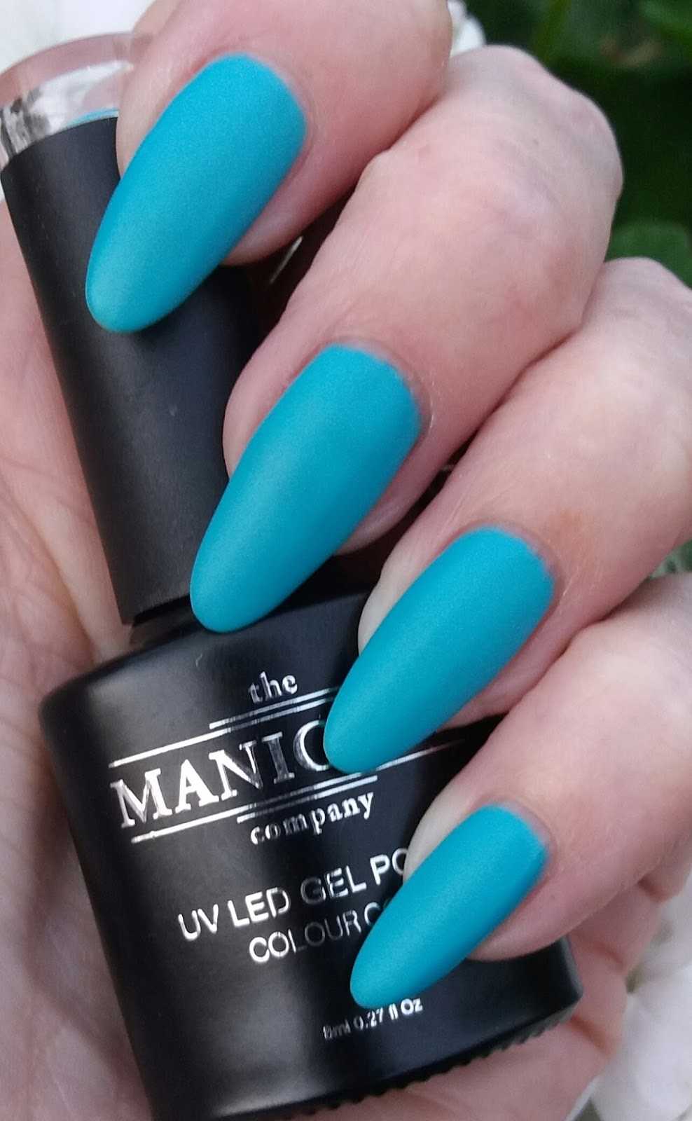 This Shade Leans More To A Blue Teal Than Green And Is Really Lovely Matte Top Coat Does Make These Gels Look So Nice The No Wipe Topcoat Leaves