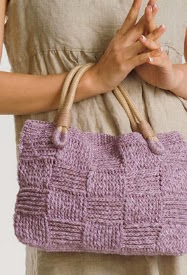 http://gosyo.co.jp/english/pattern/eHTML/ePDF/1009/1w/210-42_Summer_Slub_Purse.pdf