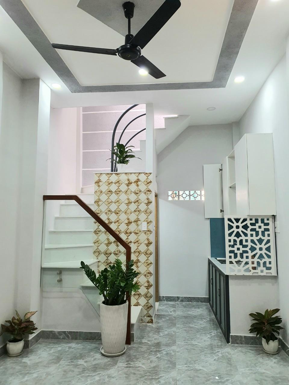 Bán nhà hẻm 125 Nguyễn Thị Tần phường 1 Quận 8 giá 2 tỷ 080