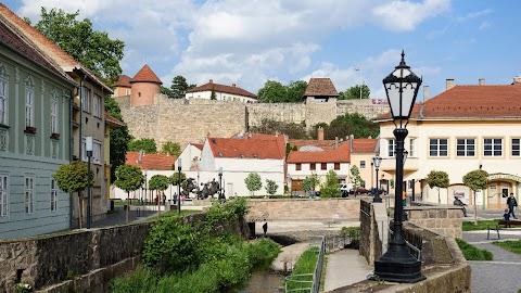 Tarnóczky Tamás Attila nyerte az egri vár emelőberendezéses megközelítésére kiírt tervpályázatot