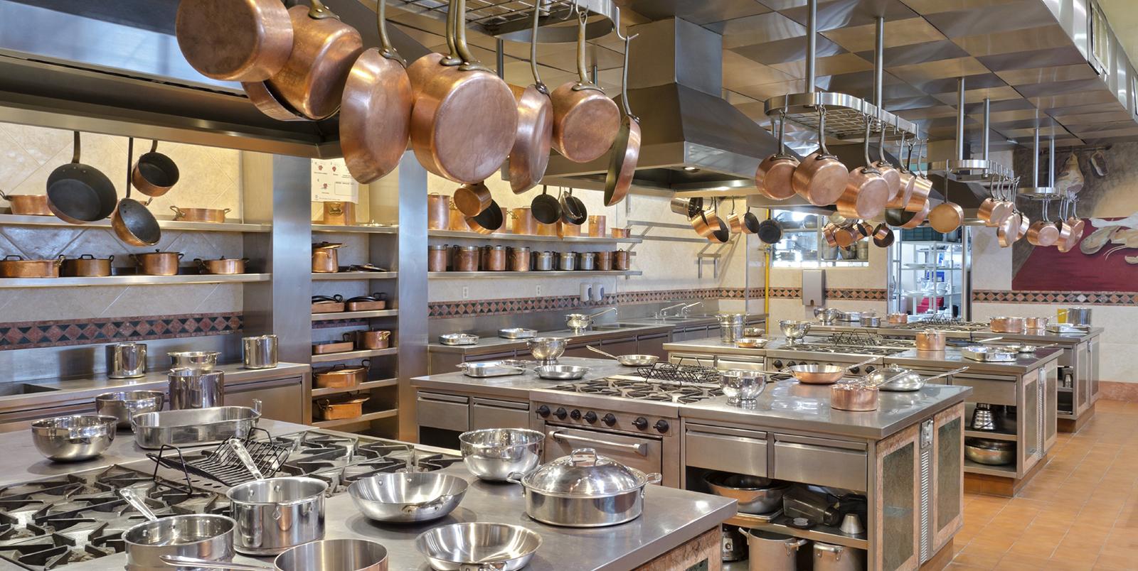Top 5 cơ sở cung cấp thiết bị bếp âu chuyên dụng cho nhà hàng