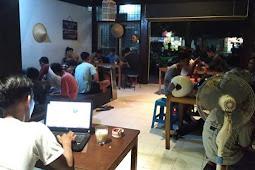 Paling Murah, Mogen Coffe Jadi Tongkrongan Anak Muda di Mataram