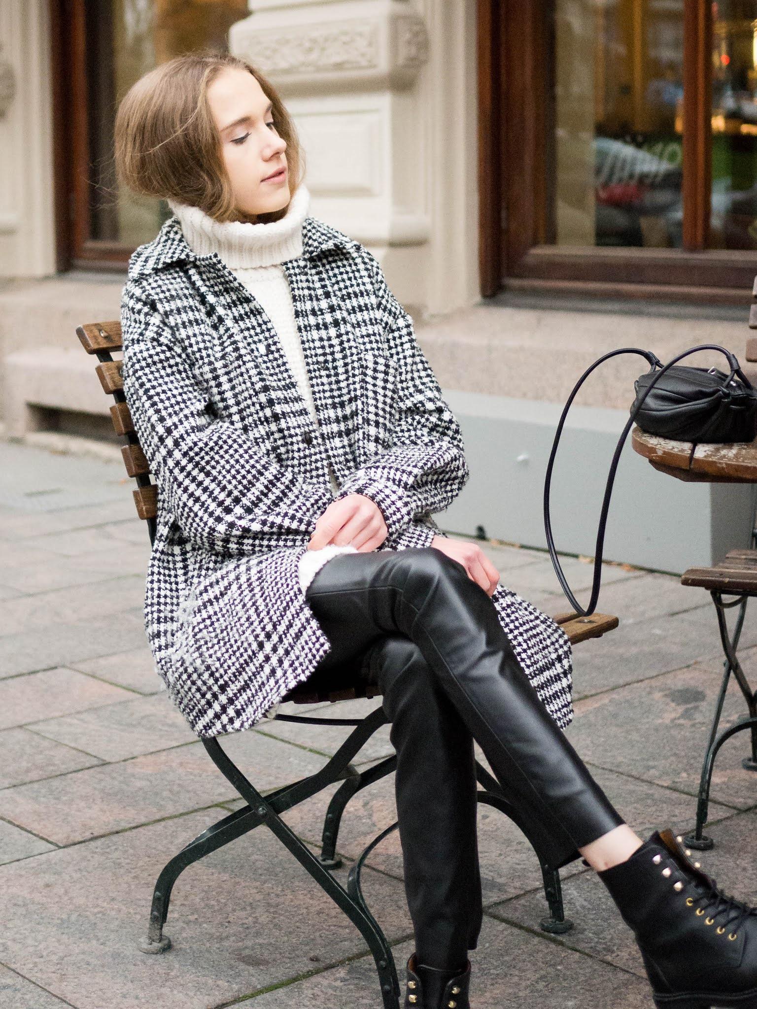 Mustavalkoinen asu, muotibloggaaja, Pohjoisesplanadi, Helsinki // Black and white outfit, fashion blogger