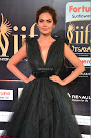 Esha Gupta in a Deep Neck Sleeveless Dark Green Gown at IIFA Utsavam Awards 2017     48.JPG
