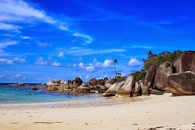 Pantai Tikus Pulau Bangka Belitung