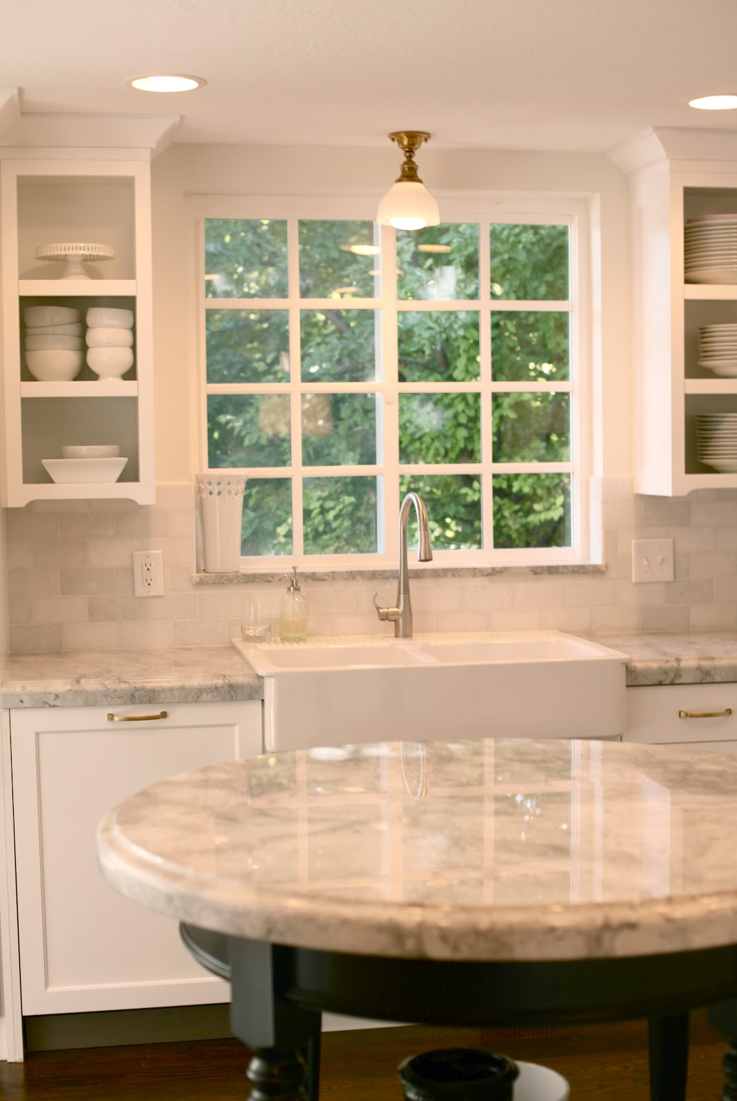 White Gold Marble Kitchen Countertops