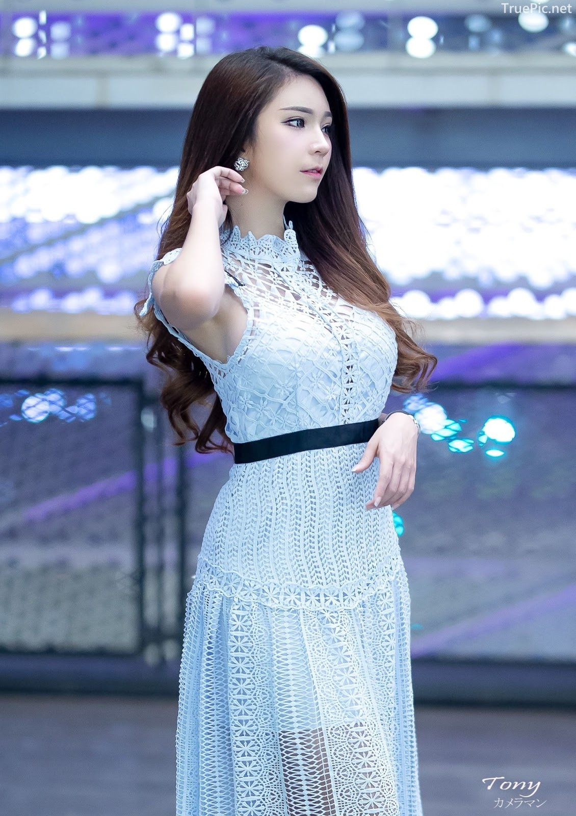 Thailand hot model – Janet Kanokwan Saesim – Sexy vs Cute and Bra vs Long Dress - Picture 2