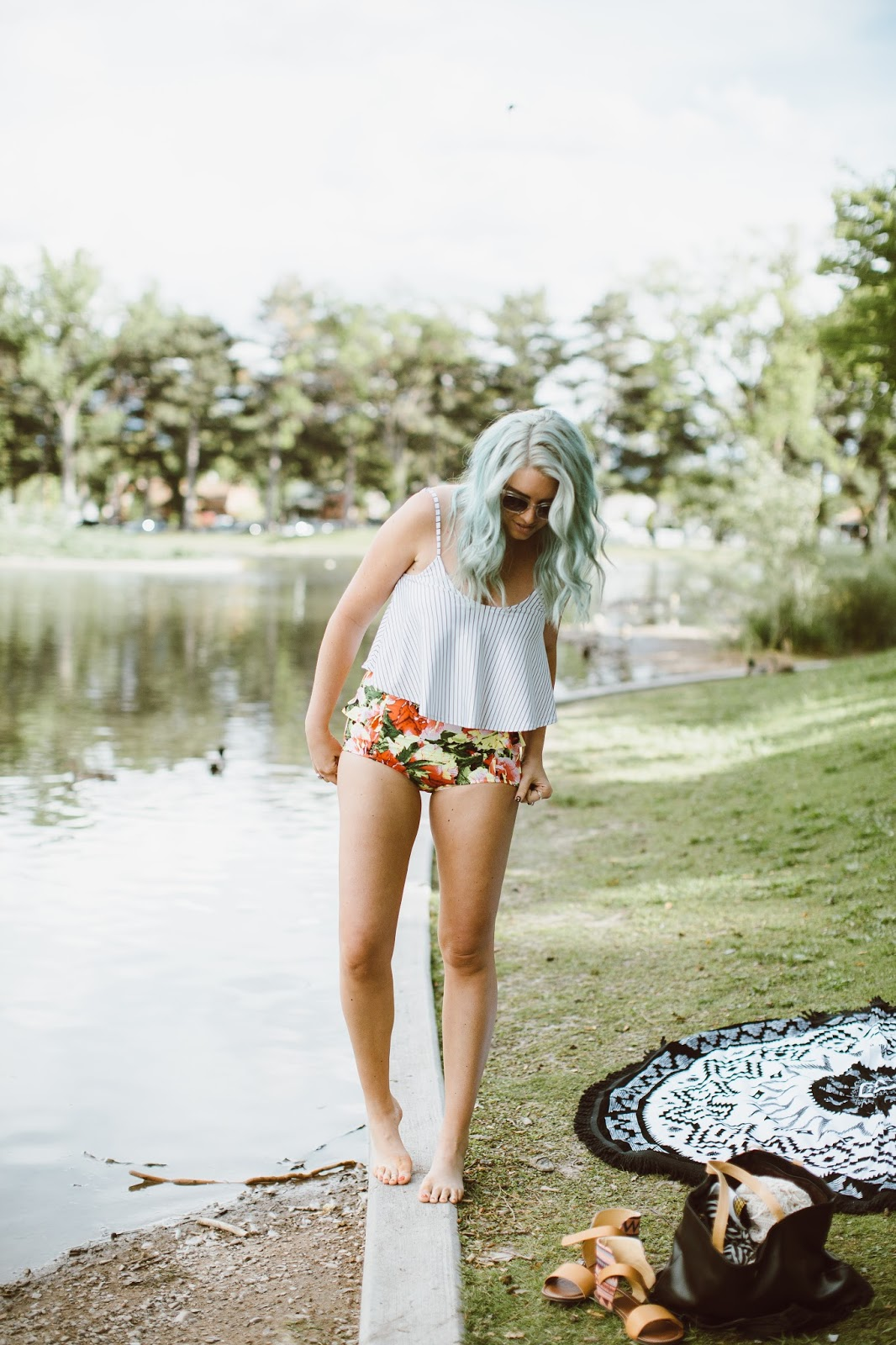 Kortni Jeane, Modest Fashion blogger, Swimsuit
