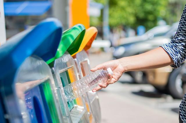 Melesterikan Lingkungan Dengan Mengurangi Penggunaan Bahan Plastik