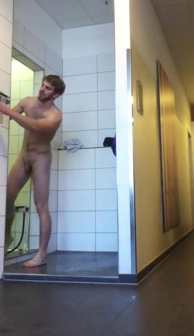 Hidden cam straight guy sucks cock in sauna 2