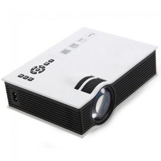 proiettore video uc40