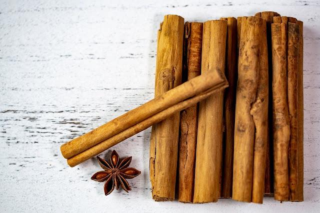 Cinnamon in Hindi name