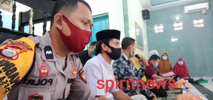 Bhabinkantibmas Desa Bontosunggu Polsek Galut Hadiri Sosialisasi UPT Puskesmas Galesong Utara