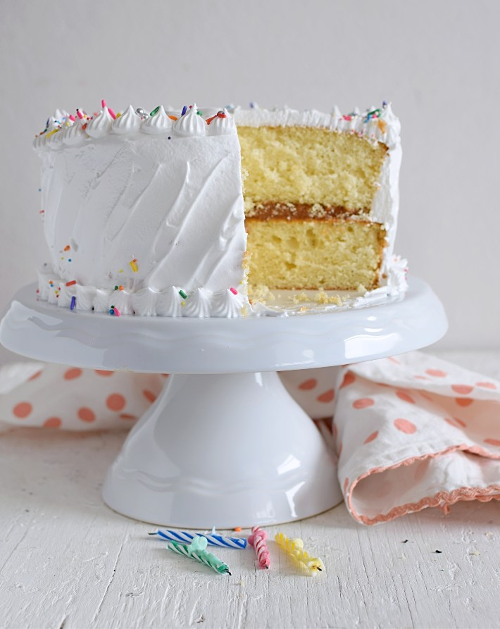 Torta de vainilla, vista del corte relleno de arequipe