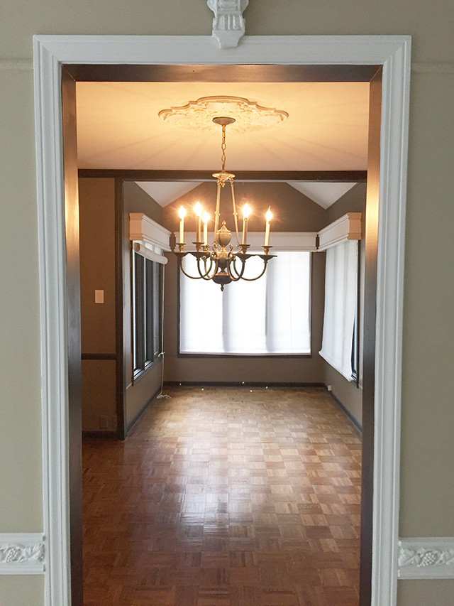 Diy dining room chandelier update oh so lovely blog diy dining room chandelier update mozeypictures Image collections