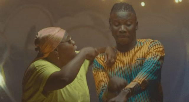 Download Video | Stonebwoy ft Teni - Ololo