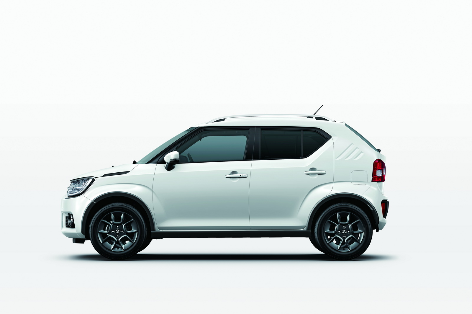 new suzuki ignis lands in europe plans to steal the hearts of suv lovers. Black Bedroom Furniture Sets. Home Design Ideas