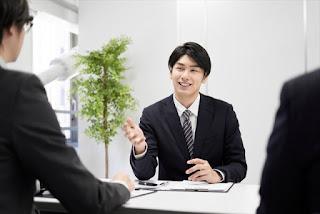 職場で好かれる人 イメージ