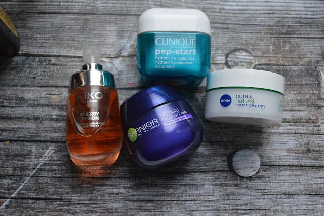 Korean skincare idratazione viso con Energy Fusion Serum di Kiko, Miracle Sleeping di Garnier, Pep-Star Hydroblur di Clinique e Pure&Natural Crema Idratante di Nivea