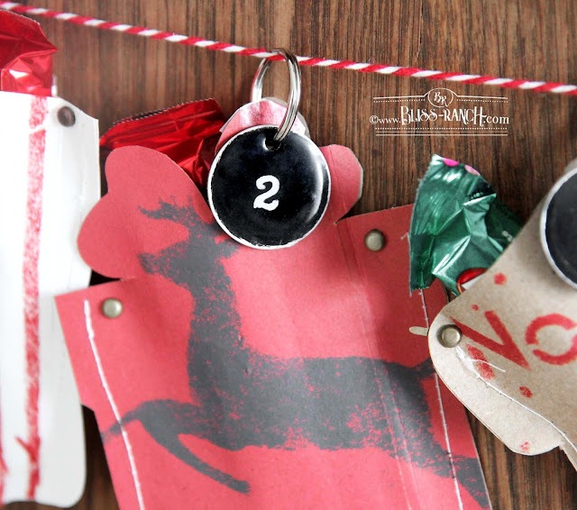 Christmas Countdown Advent Calendar with Old Sign Stencils Bliss-Ranch.com