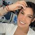 """La cantante Ana del Castillo le dice a uno de sus seguidor  que """"Mas bien préstame plata"""""""