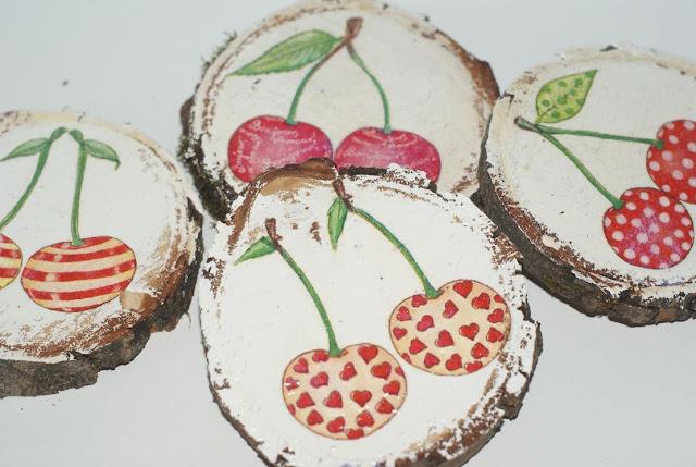 drewniane wiśnie    wisienki   motyw wiśniowy   czereśnie  plastry drewna    lakier do drewna