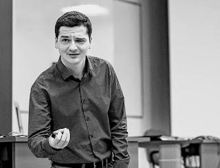 Patryk Pałaszewski - trener różnic międzykulturowych