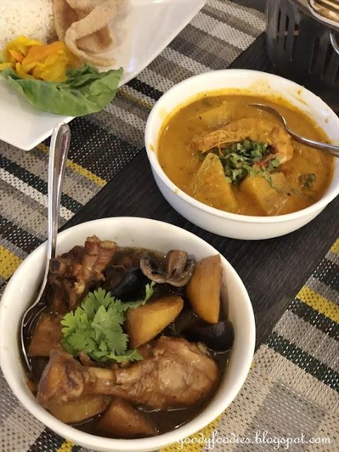 Makan Nyonya, Estadia Melaka - ayam pongteh