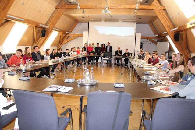 Gastschüler aus Mazedonien zu Besuch in Weilheim in Oberbayern