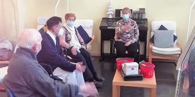 Sessió d'estimulació cognitiva de l'Aviparc