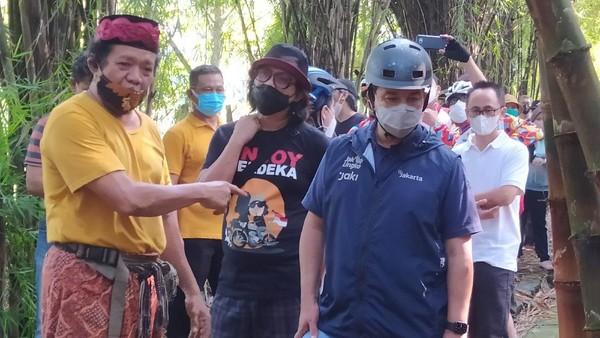Anies Ogah Tanggapi Nadiem soal Pemda Belum Izinkan Belajar Tatap Muka