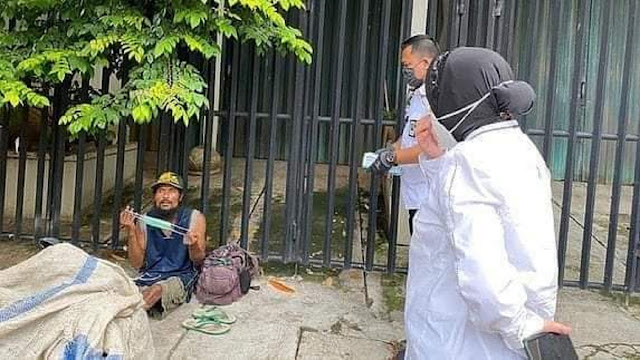 Jadi Mensos tapi Blusukan di DKI Mulu, Netizen Sindir Risma: Itu di Tanjung Pinang Ada Banjir