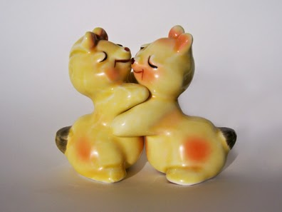 yellow bunnies hug salt and pepper shakers