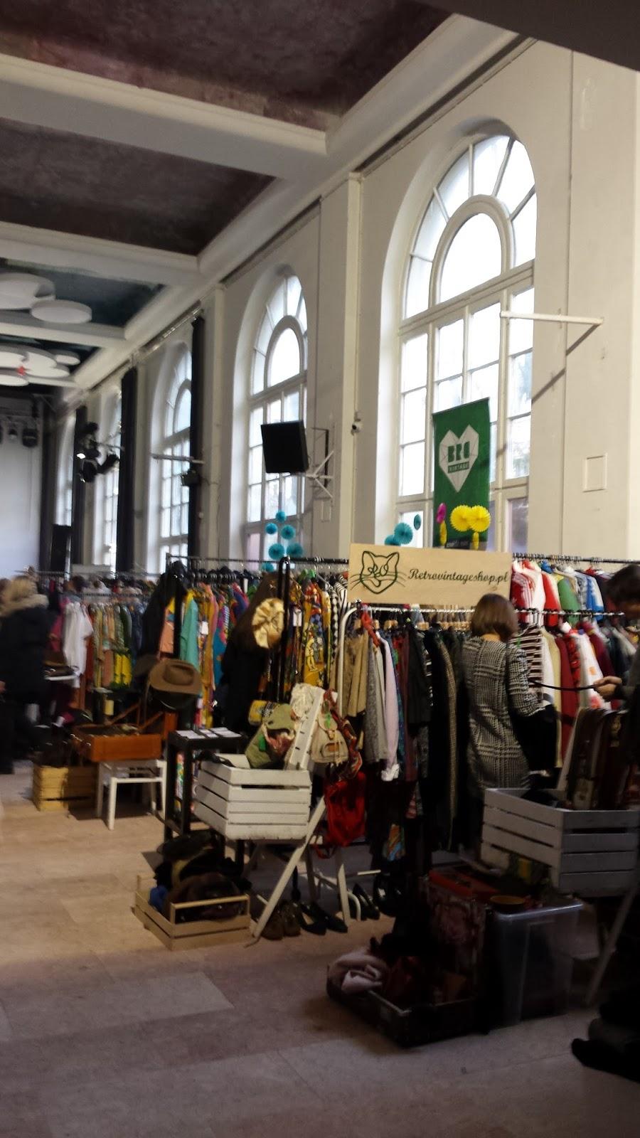Retro Vintage Shop, Warsaw Vintage Market, Niebo, moda vintage, blog modowy
