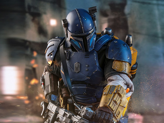 Heavy Infantry Mandalorian 32cm tall Collectible Figure Preview Pictures