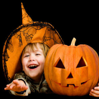 Magically grow a jack-o-lantern from a pumpkin seed! #magicjack #growajackolantern #jackolanternideas #pumpkincarvingideas #halloweenactivitiesforkids #growingajeweledrose