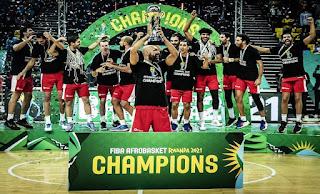تونس تتوج ببطولة إفريقيا لكرة السلة للمرة الثانية على التوالي بعد الفوز على كوت ديفوار 78 - 75