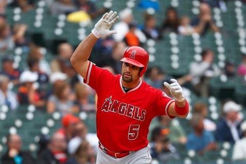 Albert Pujols firma con Los Dodgers por el resto de la temporada