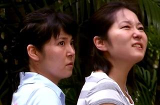 Funny Video | Mad GORILLA Attacks Tourists Prank!