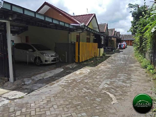 Rumah dalam Perum dekat Kampus UII