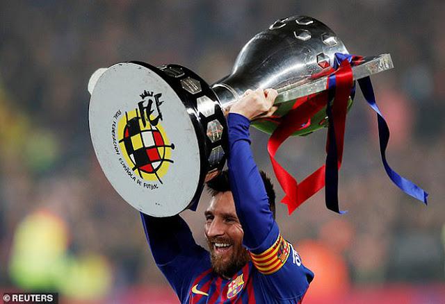 Cầu thủ hay nhất UEFA 2019: Siêu hậu vệ Van Dijk đấu 2 siêu nhân Ronaldo - Messi 3