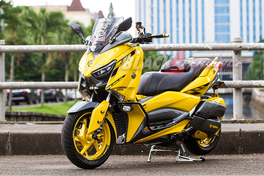 Hasil Modifikasi Motor Matik Yamaha Xmax