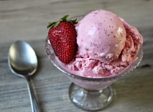Many People Consider This Type Of Strawberry Ice Cream Recipe A Hack Or Cheat Because We Re Skipping The More Time Consuming And Sometimes