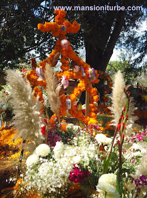 Day of the Dead Ofrenda in Patzcuaro