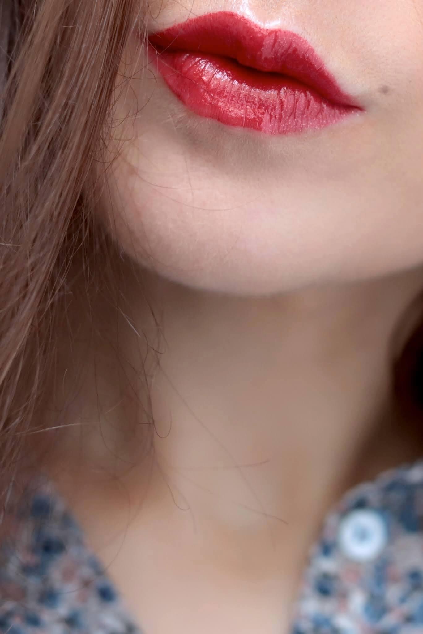 SUQQU Comfort Lip Glow 02 Musubishu